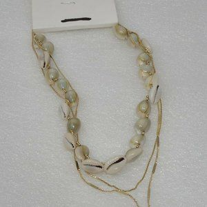 Express Seashell / Gold Tone Chain Necklace